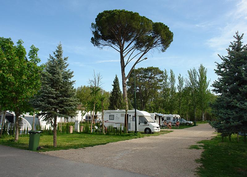Aranjuez Camping & Bungalow-Camping Emplacement