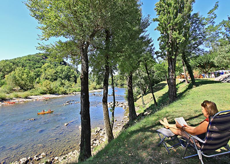 Camping-L-Ardechois-Bord-de-riviere