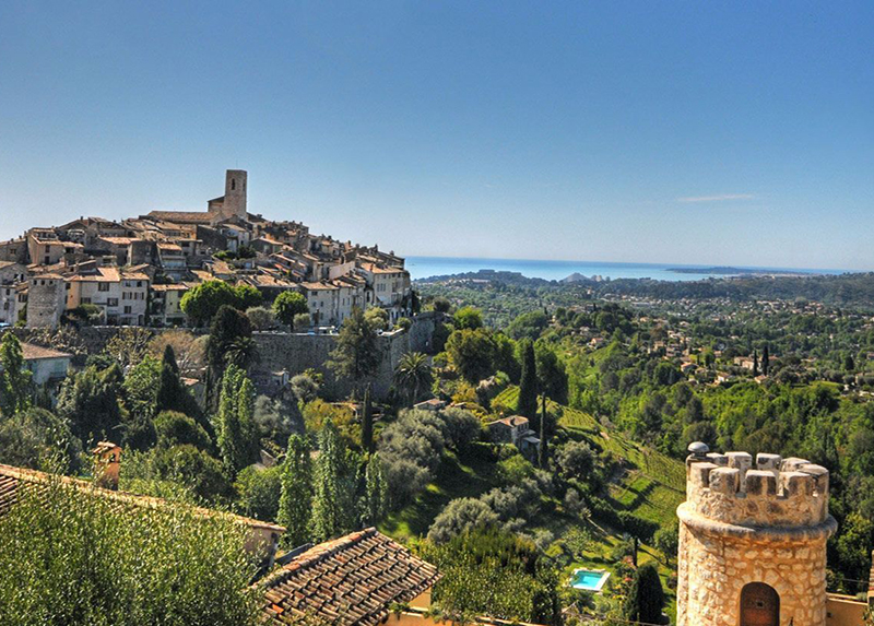 Camping Les Pinedes-region-alpes-maritimes